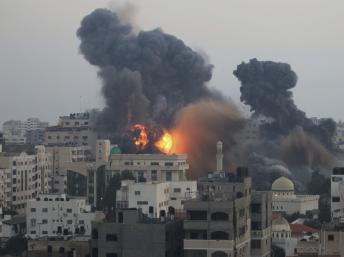 2012-11-19T043202Z_497698580_GM1E8BJ0YRS01_RTRMADP_3_PALESTINIANS-ISRAEL_0