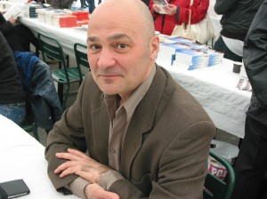 Valère Staraselski, écrivain, journaliste. Mai 2012. Salon d'Arras.